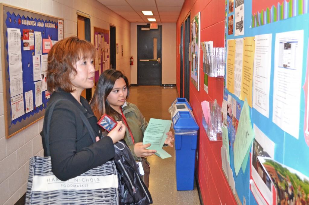 Delegation from Momoyama Gakuin University visits York University English Language Institute