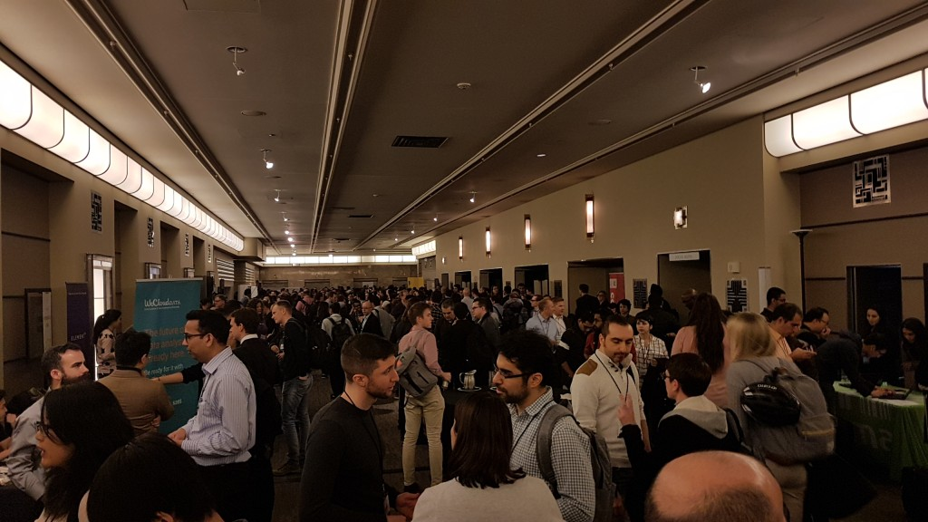 People networking at Toronto Machine Learning Summit 2018